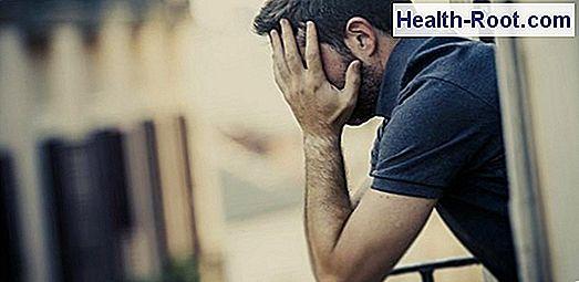 merevedési tünetek