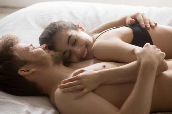 szexuális kapcsolat erekció férfiak percek