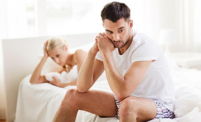 merevedési zavarban szenvedő férfiak kezelése)