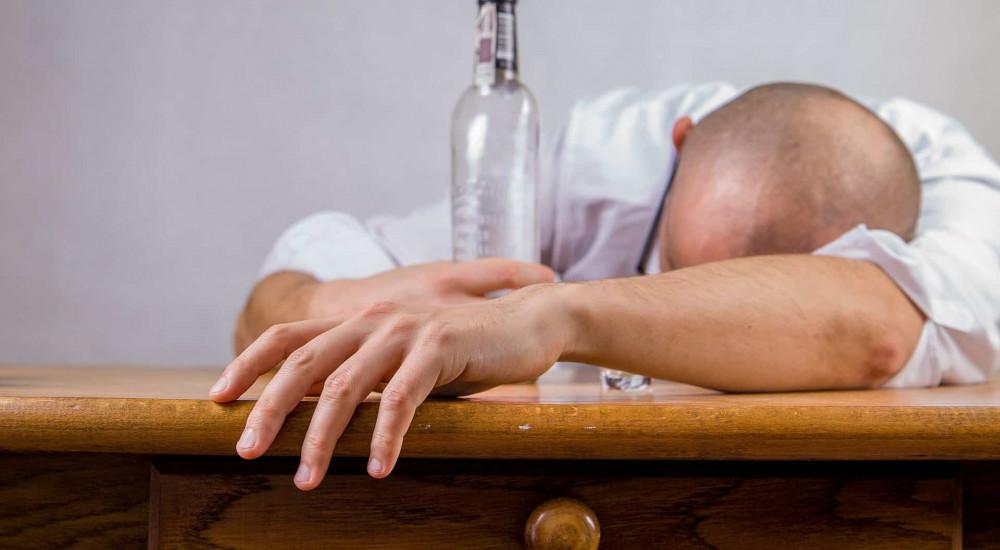 amikor részeg gyenge merevedés