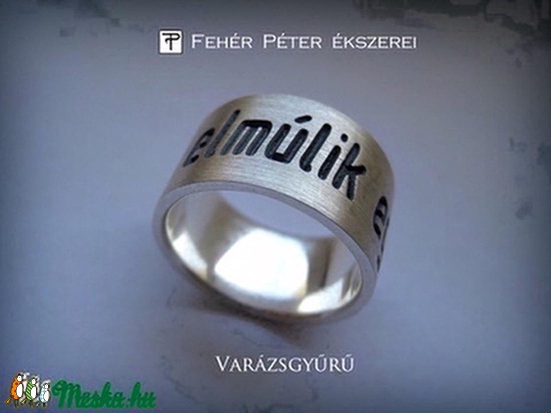 gyűrűk felállítása)