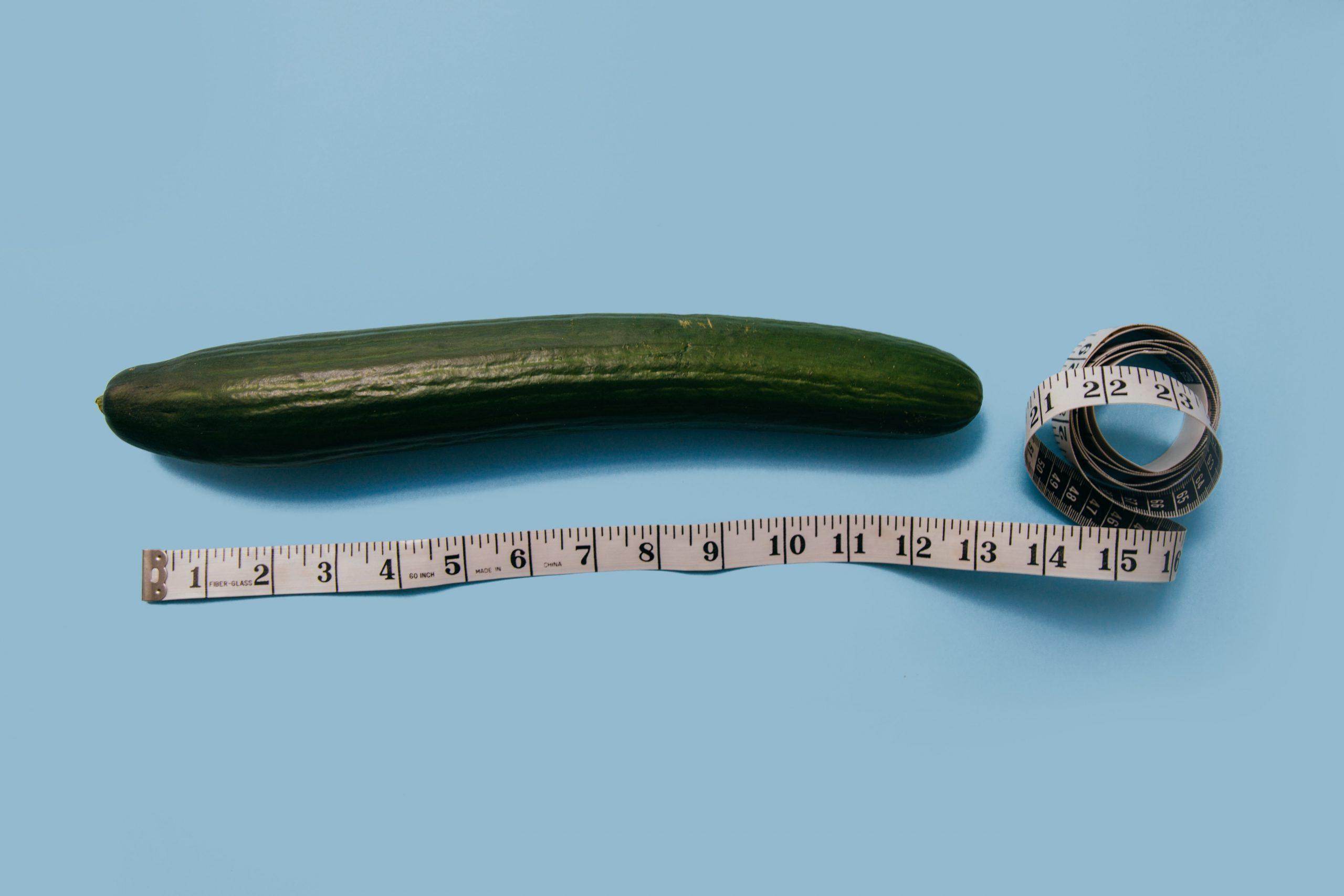melyik pénisz kövérnek számít hajlíthat-e egy tag egy erekció során