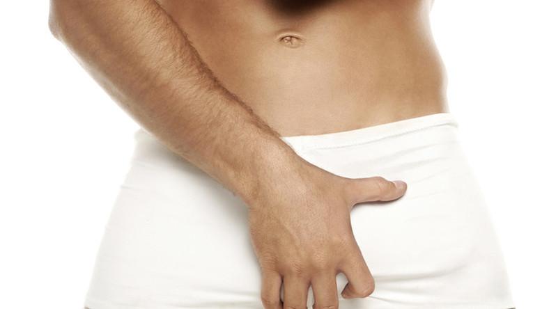 férfi nemi szerv az erekció során