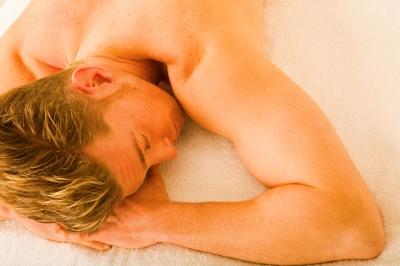 az erekciós problémák okai a férfiaknál