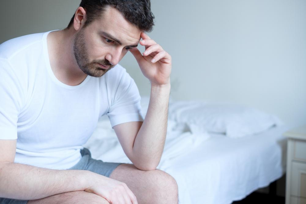 alváshiány és merevedés