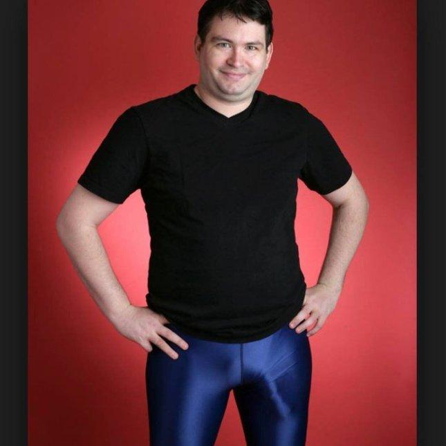 akinek hosszú pénisze van