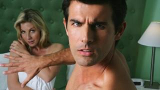 nő vesz pénisz