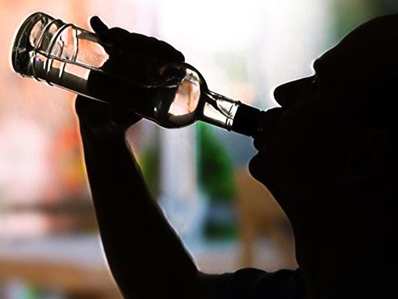 gyenge erekció az alkoholtól)