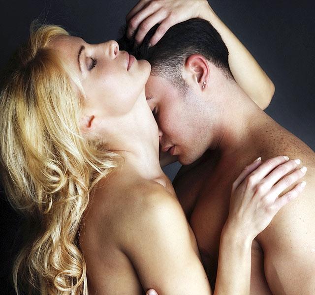 4 orgazmushozó szexpóz, kis péniszre szabva (18+) - Nő és férfi   Femina